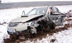 Veoauto ja sõiduauto avarii Viljandimaal