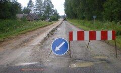 FOTOD: Rätsepa külas remonditakse Soomaale viivat maanteed
