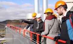 ФОТО: Дипломаты 15 государств посетили сланцехимический концерн VKG