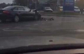 ВИДЕО: В центре Таллинна столкнулись два автомобиля