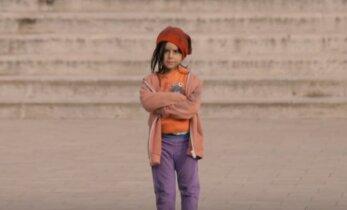 Šokeeriv EKSPERIMENT: Karm reaalsus! Kuidas inimesed reageerivad, kui näevad 6aastast last üksinda tänaval seismas?