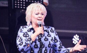 Anne Veski meenutab oma muusikuelu õudsemat kogemust: hullunud rahvas tahtis tungida lavale