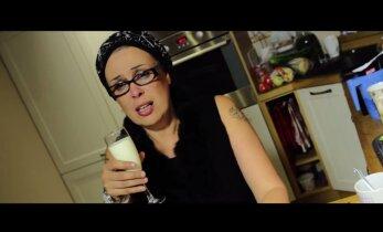 VIDEO: Diana Klas vorbib traagilises muusikavideos südantlõhestavalt võileibu teha