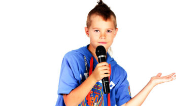 Intervjuu 8-aastase Reinhardiga, kes teeb breiktantsu, karated ja laulab