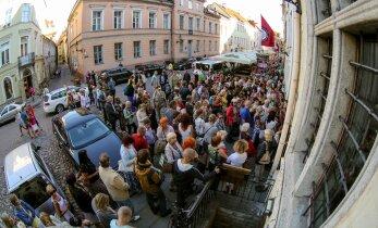 Pöörane defitsiit: Linnateatris lõpevad piletid mõne minutiga