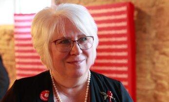 FOTOD | Sotsiaaldemokraatide nimekirja Harjumaal juhtiv Kaljurand ei kiirusta ennustama, kas saab Kaja Kallasest rohkem hääli