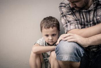 Kas sinu laps on nii kurnatud, et puhkeb tihti peale kooli- või lasteaiapäeva nutma, raevutseb või ütleb halvasti?