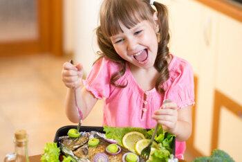 Täna on ju kalapäev! Need on seitse nippi, kuidas meelitada lapsed kala sööma