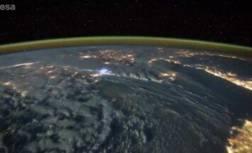 VIDEO: Välgulöögid kosmosest vaadatuna