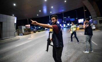 VIDEOD: Mis toimus koletu veretöö ajal? Istanbuli lennujaama turvakaamerad näitavad tulevahetust ja plahvatusi