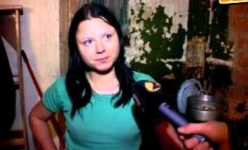 """VIDEO: Tagasi Saarepeedi vallas: mis on saanud õdedest Puukidest ja millega tegeleb """"kitukas"""" Fatme?"""