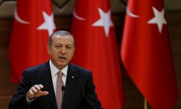 Erdoğan: Türgi on valmis õhupiiride rikkujad uuesti alla tulistama