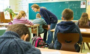 Peagi algav kooliaasta on viimane, kus lapsed peavad puhkuseta vastu pidama märtsist juunini.