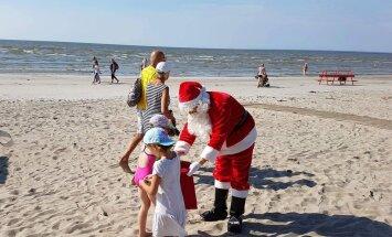 FOTO: Pärnu rannas tegutses nädalvahetusel laste sõber jõuluvana