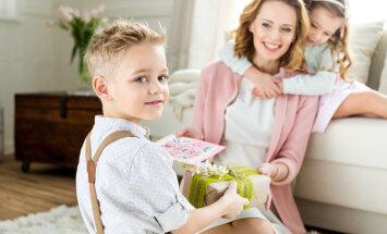 Täna on emadepäev: 15 kaunist mõtet ja tsitaati emadest