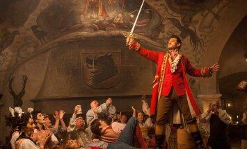 Luke Evans mängib ennast imetlevat Gastonit, kes arvab, et vallutab iga naise südame.