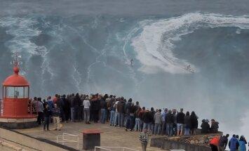 ВИДЕО: Серфинг на гигантских волнах Португалии