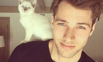 Seksikas GALERII: Kuumad kutid kassidega kütavad nädala käima