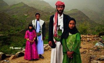 """Ужасающие традиции мира: """"Мне 10 лет, и я разведена"""". Что такое детские браки"""