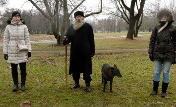 Igor Mangi Punase Tuleahvi aasta riitus Kadrioru pargis