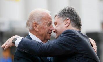 Petro Poroshenko, Joe Biden