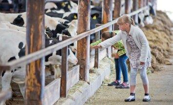 Esimene üle-eestiline avatud talude päev sai oma avalöögi Takkasaare talus Järvamaal.