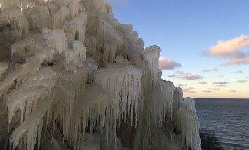 Valaste talvevõlumaa