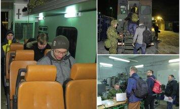 DELFI FOTOD ja VIDEOD: Reservväelased kogunesid välkõppuseks: sõnumid tulid eile õhtul kell 8, et nüüd on minek