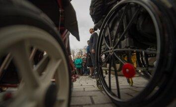 Читатель Delfi: почему у меня отобрали инвалидность?