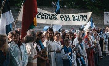 """ARVUSTUS: """"Seneca päev"""" ehk Baltikumi kolmiku sissejuhatus visuaal-filosoofiasse"""