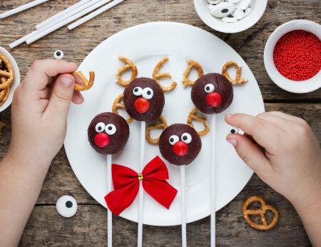 Jõulukommide söömine veel kestab? Lihtne nipp, mis aitab hambad tervena hoida