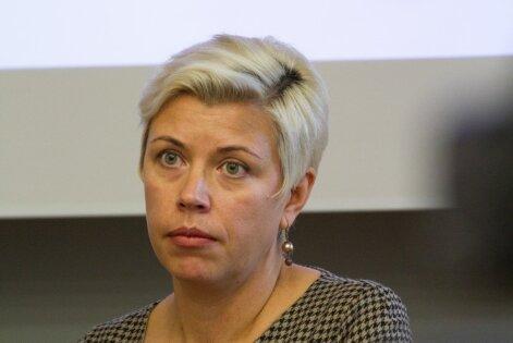 Kristin Hollo
