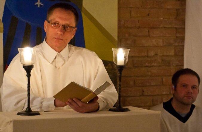 FOTOD: Vaata, millest räägiti geikristlaste jõulujumalateenistusel