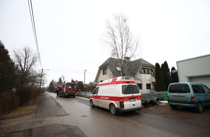 ФОТО DELFI: В подвале жилого дома в Тарту взорвался котел