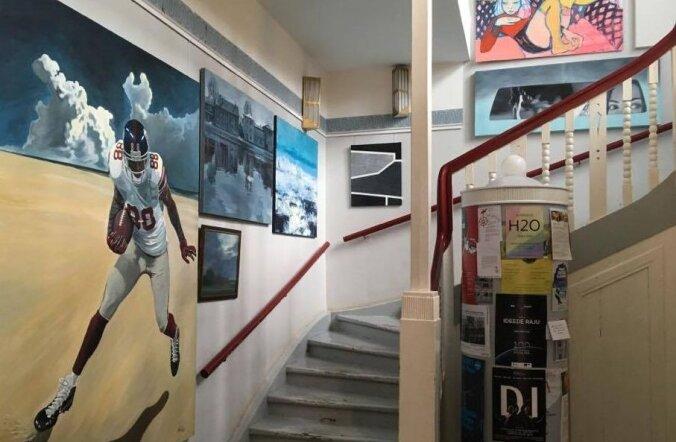 Homme avatakse Tartus noore kunsti oksjoni tööde näitus