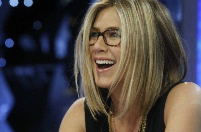 Jennifer Aniston paljastas oma nooruslikkuse saladuse! See maksab vaid 1 nael!