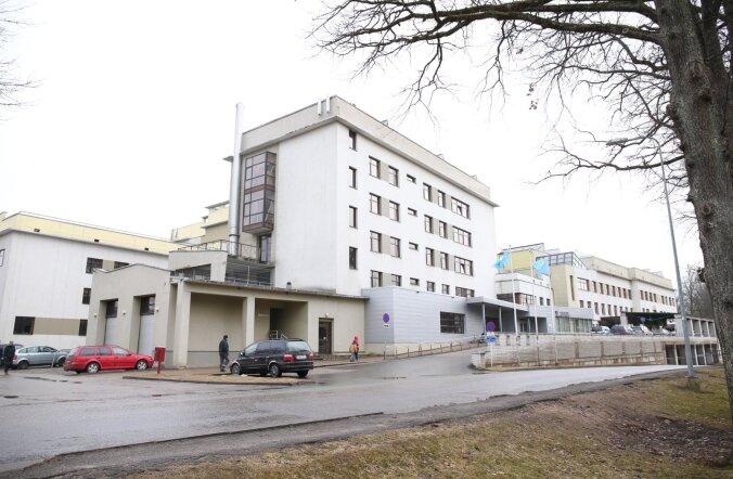 В Валгаской больнице психически больной пациент нанес травмы 12 людям