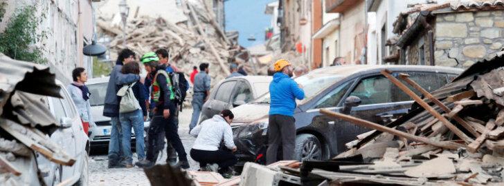 FOTOD JA VIDEO: Itaaliat raputas 6,2-magnituudine maavärin, Amatrice väikelinn on pea üleni hävinud, ohvrite arv kasvab pidevalt