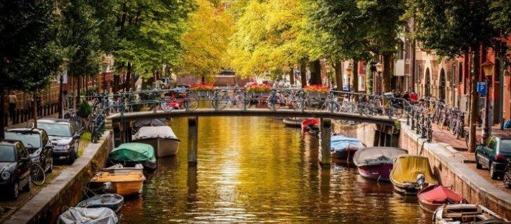"""Амстердам против туристов: """"Не хотим превратиться в Северную Венецию"""""""