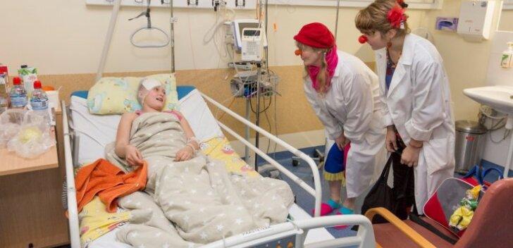 Doktor Klounid haiglas külas