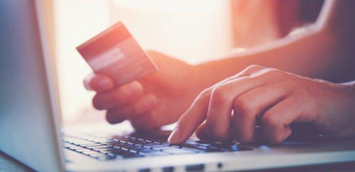 Интернет-магазин аннулирует заказы, так как из-за системной ошибки товар продавался в тысячу раз дешевле