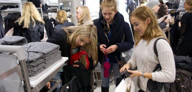 50e379821 Как модно одеться при ограниченном бюджете? Ищем бюджетные аналоги  эксклюзивным вещам