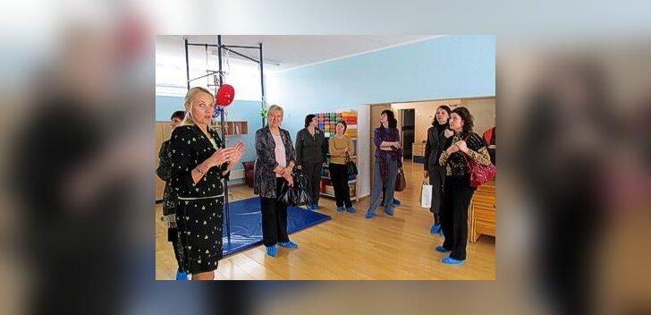Kandava haridusjuhid Lätist käisid Sakus uusi kogemusi saamas