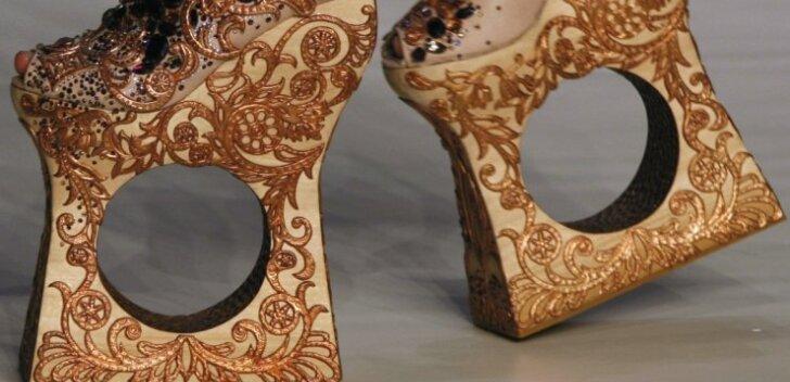 FOTOD: Maailma kõige veidramad kingad