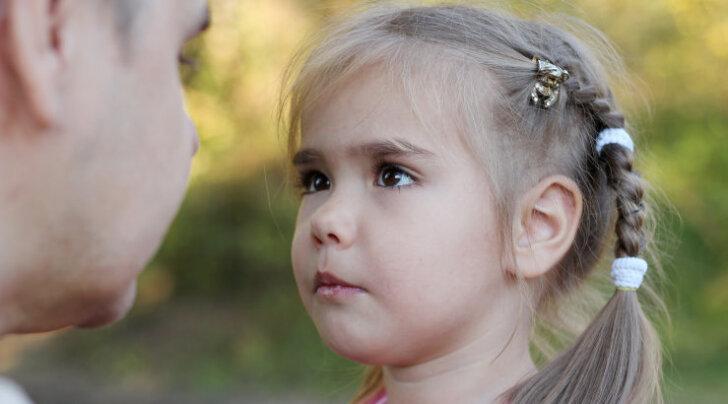 Kurb on näha lapsi, kelle vanemad panevad lapse suveks võõrasse lasteaeda