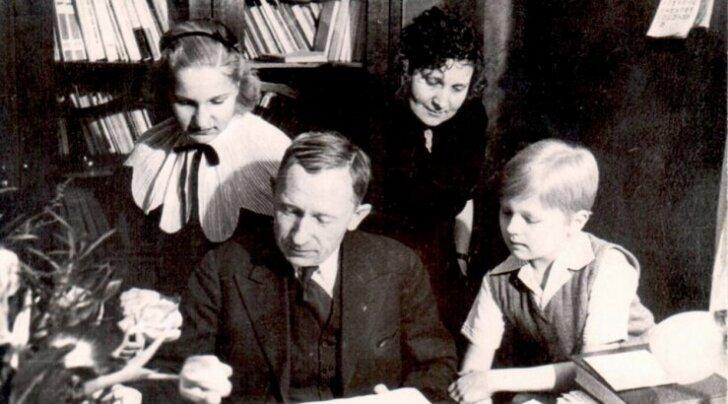 Anton Hansen-Tammsaare ja Käthe abielu lugu – naine pani mehe teadmata ajalehte abieluteate