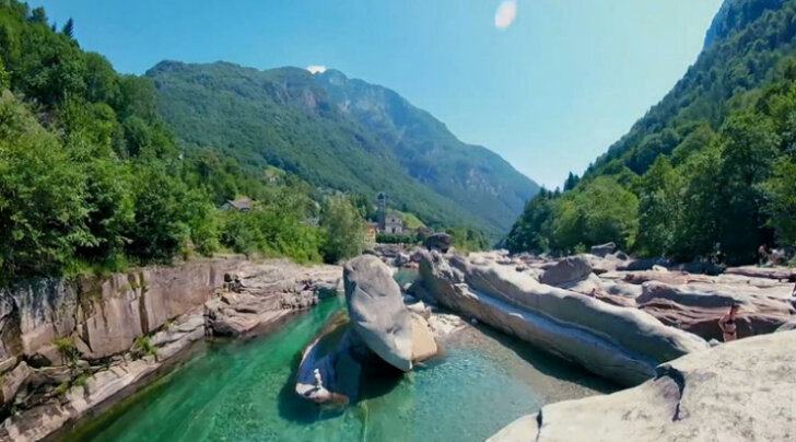 В швейцарскую деревню хлынули толпы туристы из-за красивого видео