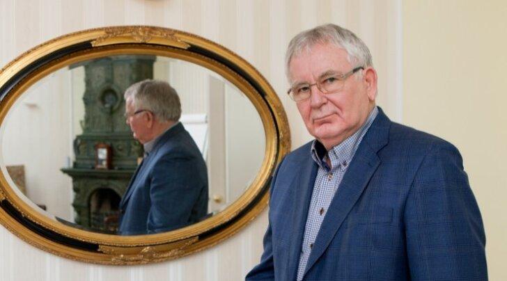Tiit Vähi hinnangul vajab kogu Eesti poliitiline süsteem ranget rotatsiooniprintsiipi, kus nii president ja peaminister kui ka omavalitsusjuhid saaksid olla pukis maksimaalselt ühe ametiaja, ilma tagasivalimiseta.