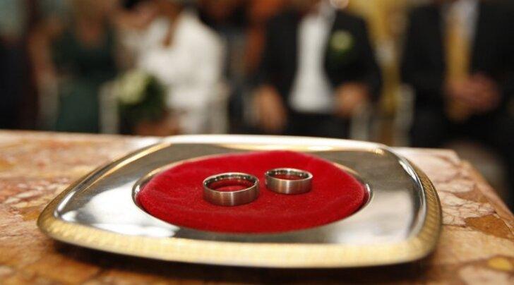 Abieluturul napsavad eesti mehed naised vene poiste eest ära