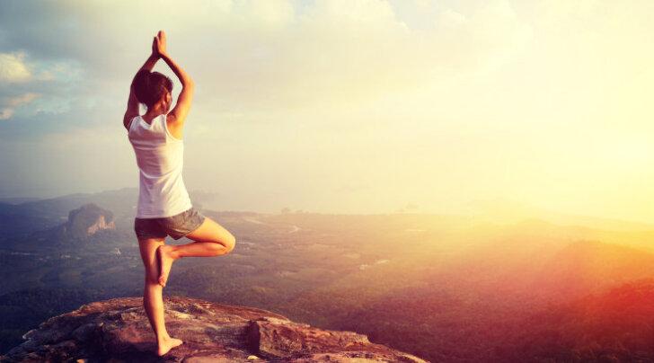 Tasakaal keset tormi: harjutused, mis suurendavad keskendumisvõimet ja tasakaalu